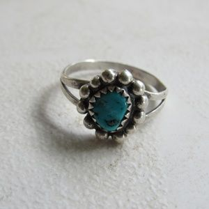 Old Pawn Silver and Turquoise Ring Size 6